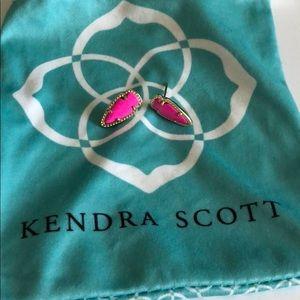 Kendra Scott Skylette Arrowhead Earrings (Pink)